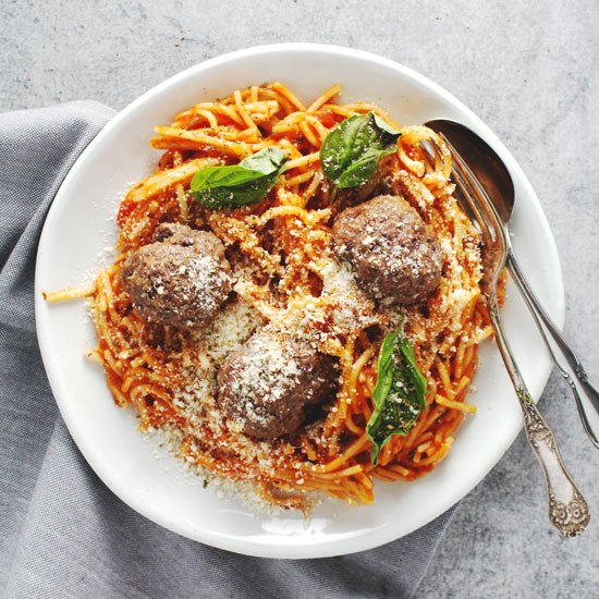 5-Ingredient-Half-Homemade-Spaghetti-and-Meatballs-550x550